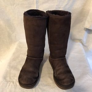 UGG Brown Fur Boots